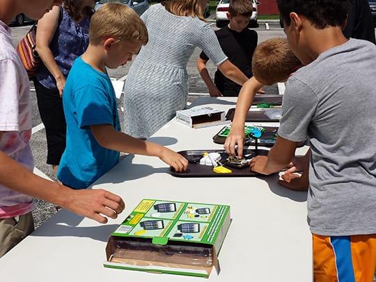 Kids building crafts